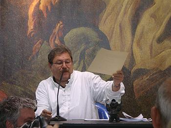 Paco Taibo clausurando la Semana Negra de Gijón 2011