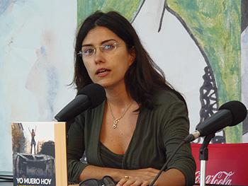 Olga Rodríguez durante la presentación de su libro (Foto: Toni Gutiérrez)