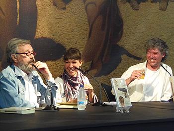 Moncho Alpuente, Laura Muñoz y Aníbal Malvar durante la presentación