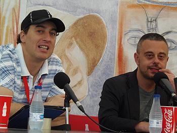 Ignacio del Valle y Toni Hill durante la presentación