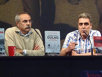 Secundino Serrano y Alejandro Gallo durante la charla