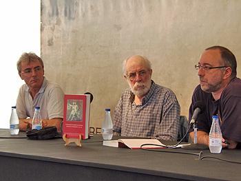 Ramón García Piñeiro, Francisco Prado Alberdi y Rubén Vega presentando el libro El movimiento obrero en Asturias durante el franquismo. Foto: Toni Gutiérrez