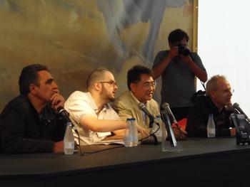 Alejandro Gallo y Ángel de la Calle presentan a Qiu Xiaolong