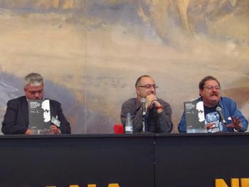 José V. Saval, Rubén Vega y Paco I. Taibo recordando a Manuel Vázquez Montalbán en la Semana Negra