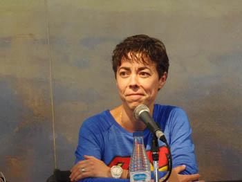 Carmen Moreno presentando su novela en la Semana Negra