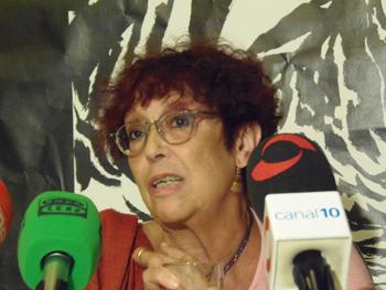 Maruja Torres presentando su libro en la Semana Negra