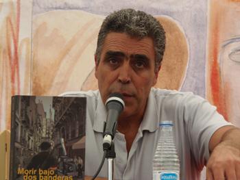 Alejandro Gallo durante su presentación en la Semana Negra