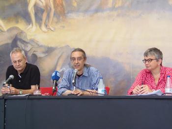 Ángel de la Calle, José Luis Paraja y Ana Gonzáles clausurando la Semana Negra