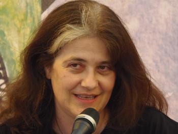 Rosa Ribas presentando su novela en la Semana Negra
