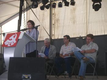 Celebrando los 80 años de Mundo Obrero y homenajeando a los veteranos. Gema Delgado, Armando López Salinas, José Luis Centella y Ginés Fernádez  (Foto: Toni Gutiérrez)