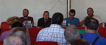 Vidal Aragonés, Luis Ocaña, Isaac Rosa y Luis Cotarelo durante la presentación del libro Manual para luchar contra la Reforma Laboral. (Foto: Toni Gutiérrez)
