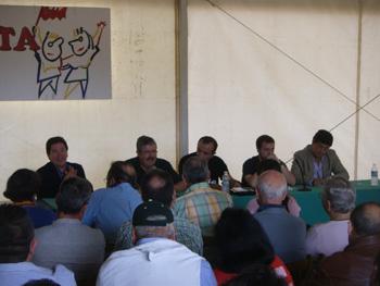 Presentación de la Red de Municipios por la III República: José Antonio Barroso, Antonio Romero, Raúl Ariza, Javier Parra y Diego Valderas