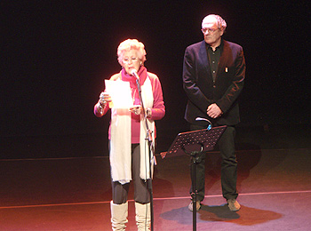 Pilar Bardem y Carlos Olalla durante el homenaje. Foto Toni Gutiérrez