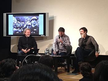 Javier Bauluz, Jordi Évole y Marcos Martínez Merino durante la presentación. (Foto por cortesía de Periodismo Humano)