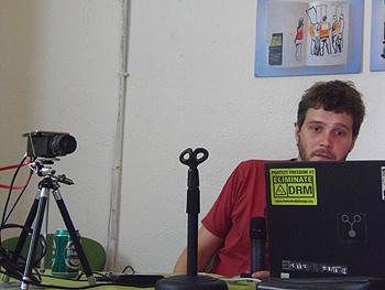 Diego Pardilla presenta la cámara de hardware libre ELPHEL
