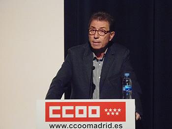 Jaime Cedrún presentando la XI Muestra de Cine y Trabajo (Foto: Toni Gutiérrez)