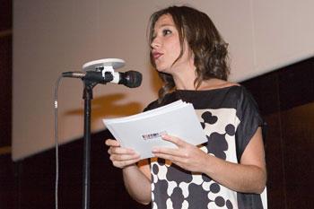 Pilar Gómez presentando la Gala de clausura