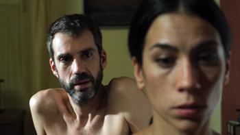 Jesús Blanco e Itziar Miranda en una escena de Perro Flaco