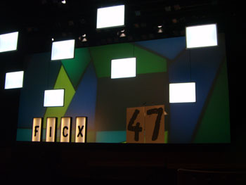 Escenario antes de comenzar la gala de Clausura de la 47 edición del Festival Internacional de Cine de Gijón