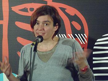 Dana Budisavljevic durante el encuentro con el público tras la proyección de su película Nije ti zivot pjesma Havaja / Family meals