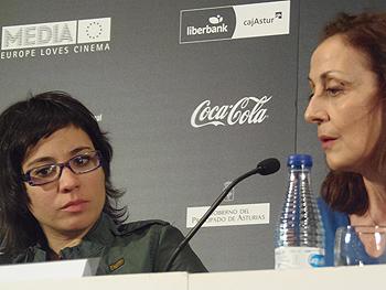 Claudia Pinto y Carme Elías durante la Rueda de Prensa