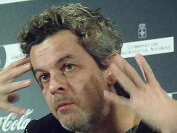 Thierry de Peretti durante la Rueda de Prensa
