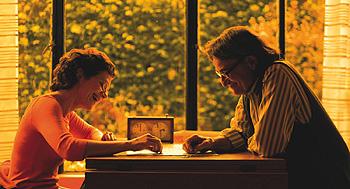 María Onetto y Arturo Goetz en una escena de la película Rompecabezas