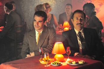 Nicolás Cabré y Guillermo Francella en una escena de la película ¡Atraco!