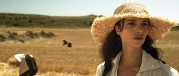 Maribel Verdú en una escena de la película De tu ventana a la mía