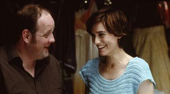 Grégory Gadebois y Clotilde Hesme en una escena de la película El amor de Tony