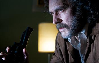 José Coronado en una escena de la película No habrá paz para los malvados
