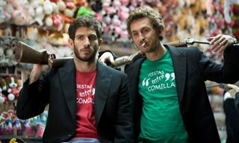 Quim Gutiérrez y Raúl Arévalo en una escena de la película Primos