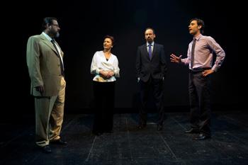 Quino Díez, María Luisa Borruel, Pablo Bigeriego y Elías González en una escena de la obra Anomia