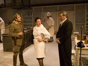 Escena de «La cena de los generales»