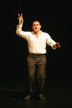 Sergi López en una escena la obra Non solum